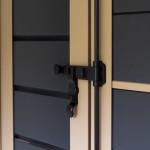 Scuro con telaio alluminio colori ral e tavole orizzontali in rovere